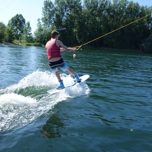 "Wakeboard und Wasserskievent 2015 • <a style=""font-size:0.8em;"" href=""http://www.flickr.com/photos/138575543@N08/23693266204/"" target=""_blank"">View on Flickr</a>"