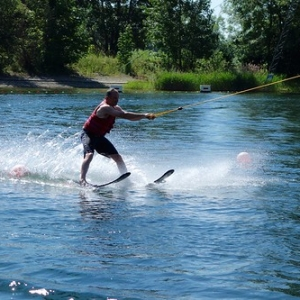 "Wakeboard und Wasserskievent 2015 • <a style=""font-size:0.8em;"" href=""http://www.flickr.com/photos/138575543@N08/23694630113/"" target=""_blank"">View on Flickr</a>"