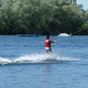 "Wakeboard und Wasserskievent 2015 • <a style=""font-size:0.8em;"" href=""http://www.flickr.com/photos/138575543@N08/23953642159/"" target=""_blank"">View on Flickr</a>"